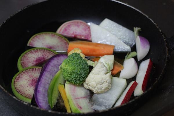 鎌倉野菜、根菜のオリーブオイル焼き