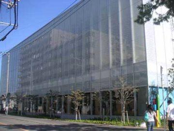 逗子市立図書館